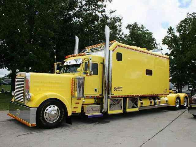 Decked Out Big Rigs